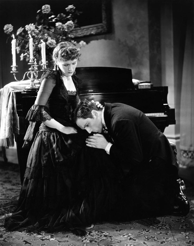 """Rose Hobart and Fredric March in """"Dr. Jekyll and Mr. Hyde"""""""