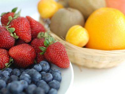 La fibra se encuentra de forma natural en la mayoría de plantas, por ello que las verduras son alimentos especialmente ricos en fibra, pero cuál tiene más.