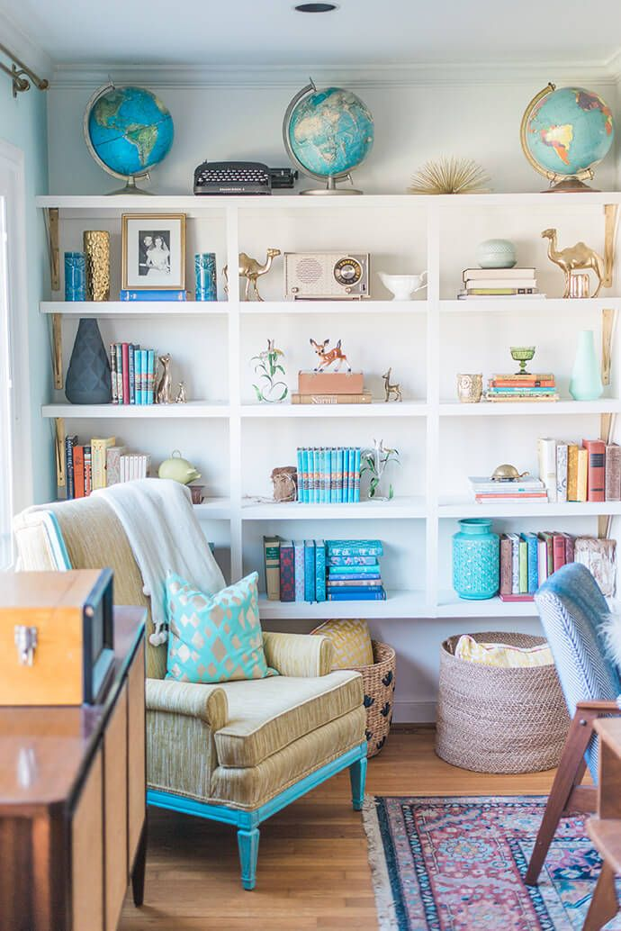 Love the pops of teal against the white