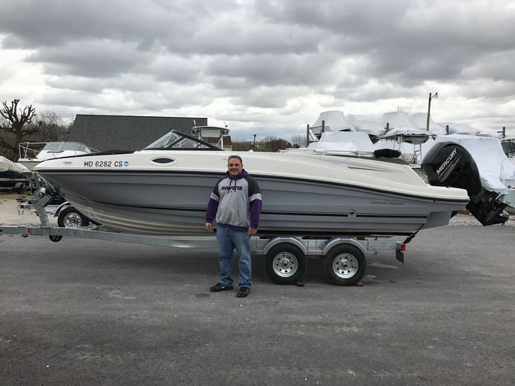 Kevin with his new Bayliner VR6 Outboard Bowrider, have fun this summer! #2017fun