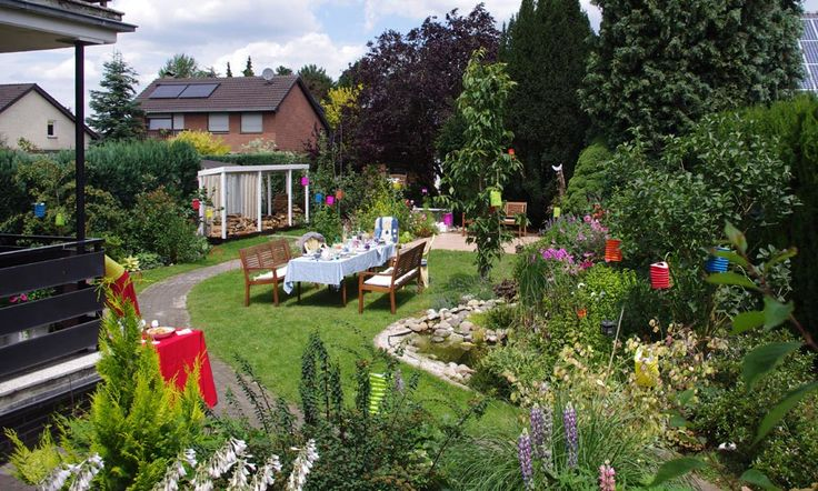 An overview of my friend's garden where the tea party was held, with the party table all set up!