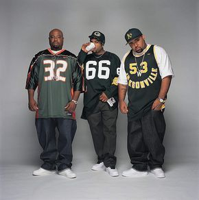 Westside Connection, Gansters make the world go round