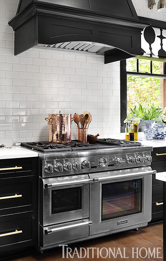 This @thermador 48-inch-wide Pro Grand Commercial Depth Dual Fuel Steam Range has built-in steam and convection ovens, six gas burners, a titanium griddle, and warming drawer. | Found on traditionalhome.com