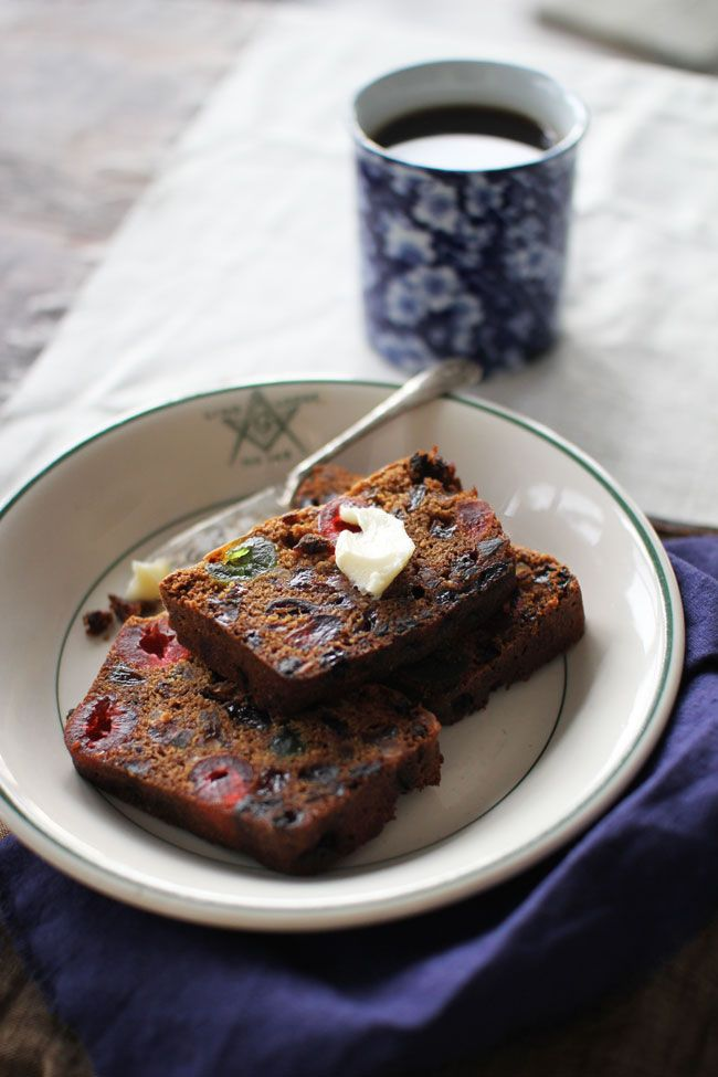 Boozy Christmas Fruit Cake | The Flourishing Foodie