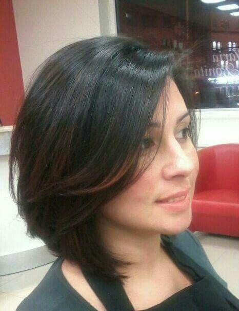 Corte chanel,grafilado com franja leve lateral cabeleireiro(a)