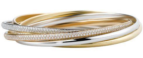 un bello conjunto de anillos