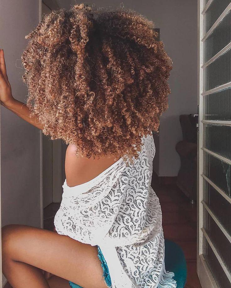 Que amor por esses cachos! 😍👑 #Po #ombrecurlyhair   – Hair