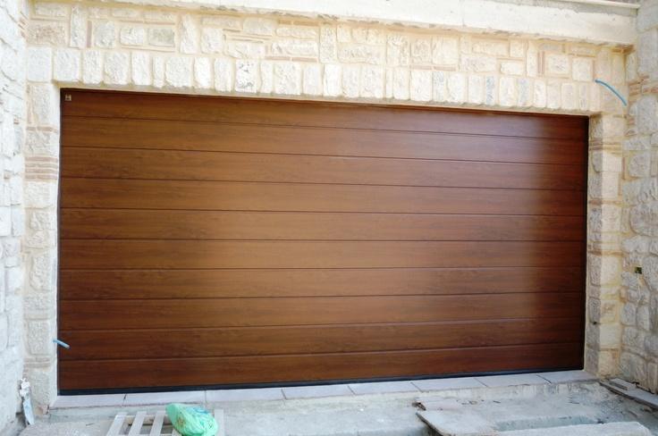 Oltre 1000 idee su porte del garage in legno su pinterest for Prezzi del garage della carrozza