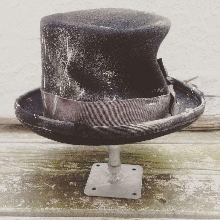 ハロウィンイベント用。ダークなトップハット。 #hat #tophat #steampunk