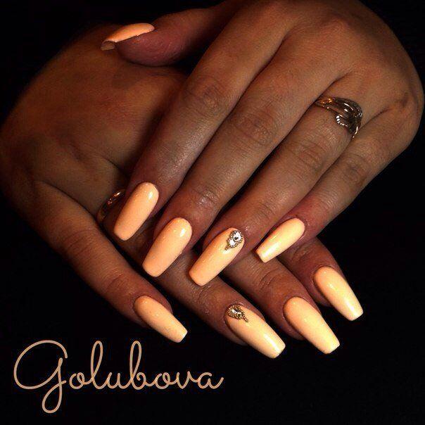 Apricot nails, Beautiful evening nails, Bright shellac, Bright summer nails, Evening dress nails, Evening nails, Fashion nails 2016, Ivorynails