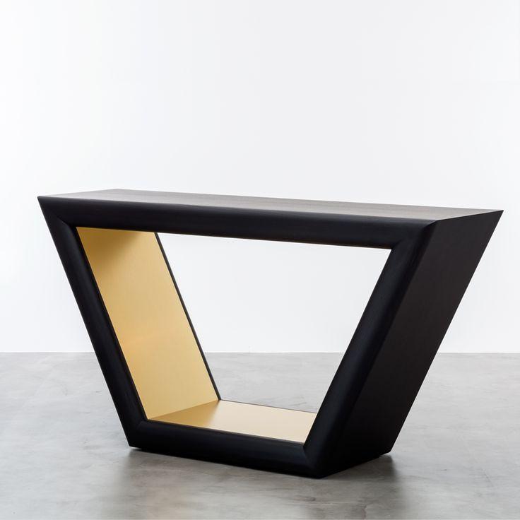 Customizable design contemporary ebony oak centerpiece