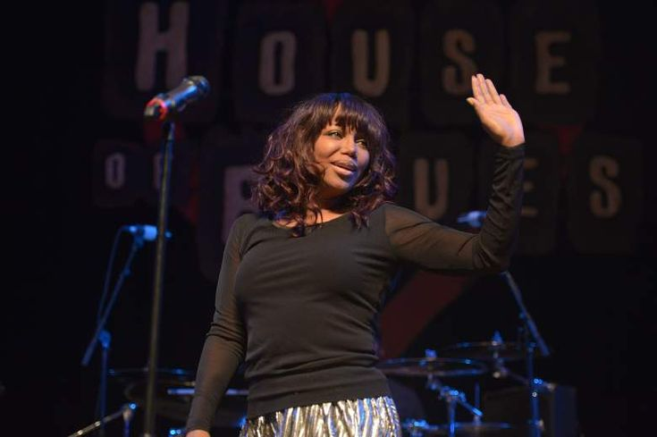 Michel'le Toussaint: 5 Fast Facts You Need to Know - http://BoredHumor.co/michelle-toussaint-5-fast-facts-you-need-to-know/
