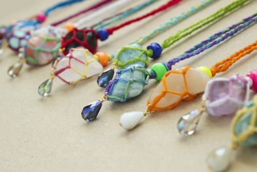 DIY Netted Macrame Stone Necklace Tutorial from Quiet Lion...