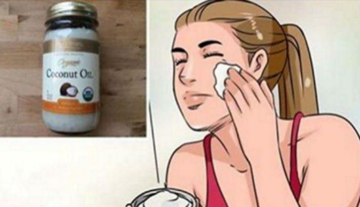 Кокосовое масло богато полезными природными продуктами, которые заменят дорогие косметические средств. Кокосовое масло быстро впитывается, делает кожу гладкой и шелковистой. Улучшает состояние и успокаивает кожу. Ее надо использовать как увлажняющий крем, нанося небольшое количество масла на лицо каждое утро и вечер. Оно также эффективно для очищения и тонизирования кожи. С ее помощью можно легко снять макияж. Всего лишь надо взять немного масла на ватный тампон и аккуратно протрите глаза и…