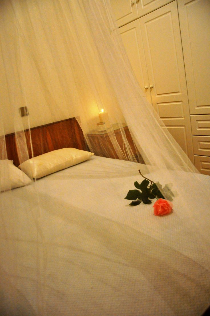double bed bedroom in Aigio