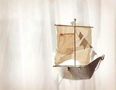 Cute boat. I'd like to make something like this.
