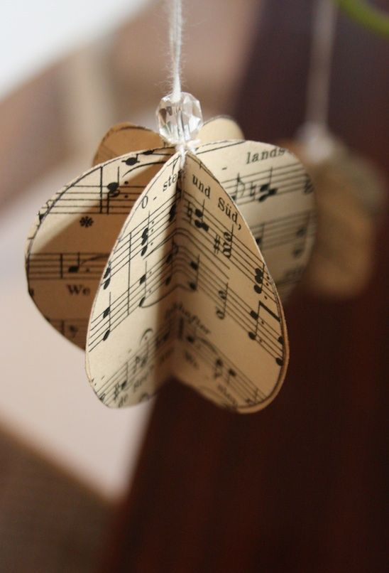 Hello! It's been a busy week over here at Love, Thomas! In between preparing for the much anticipated Blogging Your Way Studio next weekend...