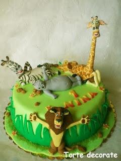 ... dort on Pinterest  Jungle animals, Birthday cakes and Madagascar cake
