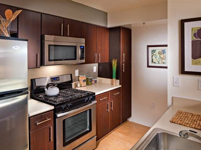 See all available apartments for rent at Avalon Cove in Jersey City, NJ. Avalon Cove has rental units ranging from 680-2454 sq ft starting at $2600.