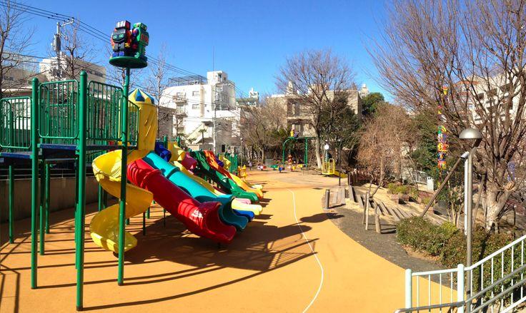 Robot Park, Roppongi Hills http://tokyostroller.com/fun-stuff/robot-park/