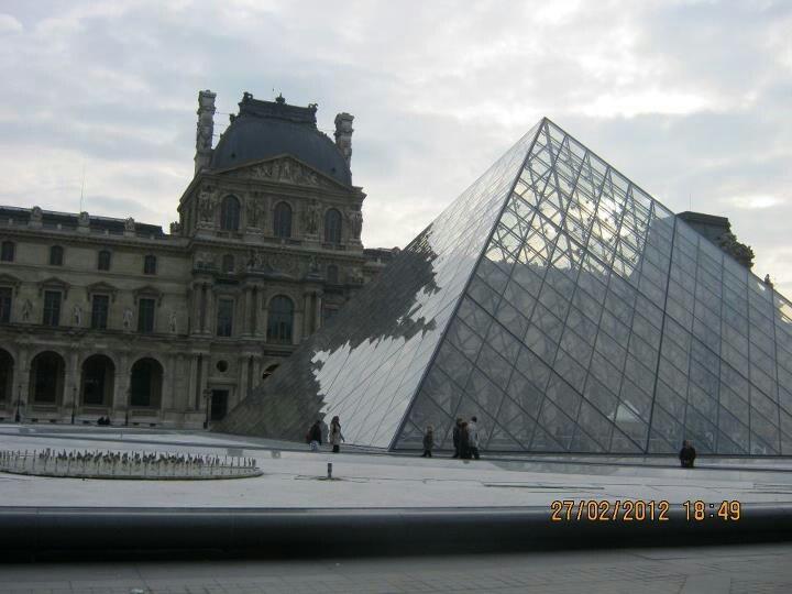 Musée du Louvre, Paris.  amazing..
