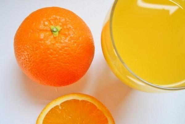 Domaći sirup od naranče - http://domacica.net/domaci-sirup-od-narance/