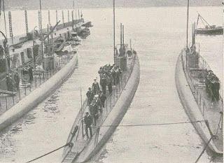 A Classe Foca foi uma classe de submarinos, adquirida pela Marinha Portuguesa para complementar o submarino NRP Espadarte em serviço desde 1913.Os navios da classe foram desativados em 1934, com a entrada em serviço dos novos submarinos da Classe Delfim.