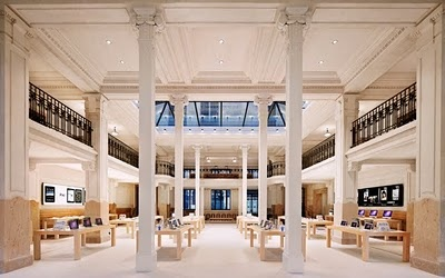 apple store Paris @I'mclaireeiffel