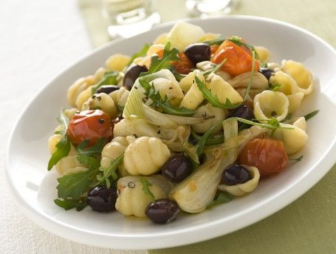 gnocchi-con-cipollotti-pomodorini-rucola-e-olive