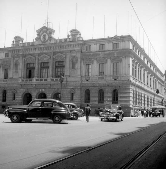 Municipalidad de Santiago, año 1950.