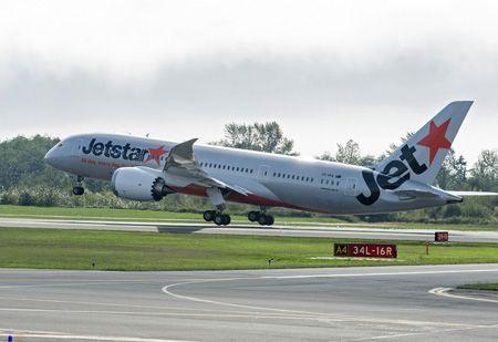 #Boeing, #Jetstar celebrate delivery of first 787 Dreamliner for Australia - Oct 7, 2013