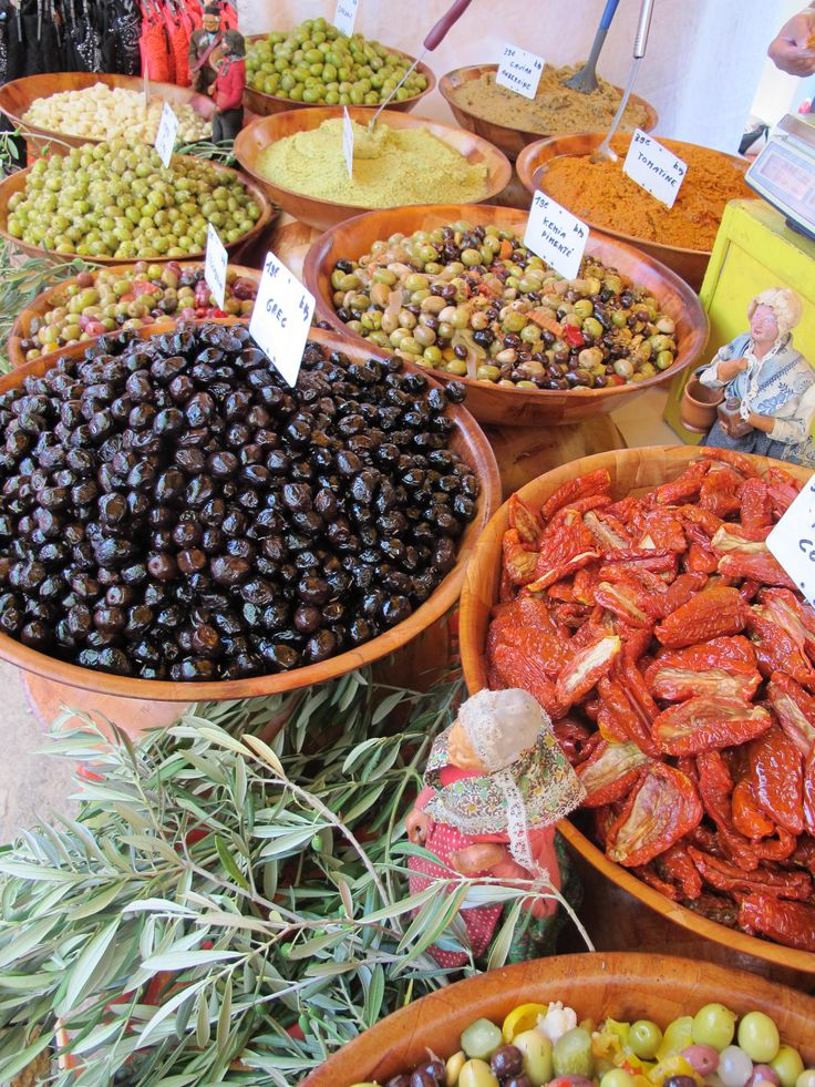 Incredible selection of olives, tapenade and dried tomatoes. Truely a taste of Provence.