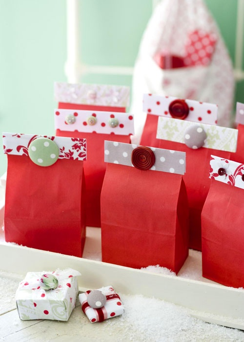 Cute as a button gift bag ideas......