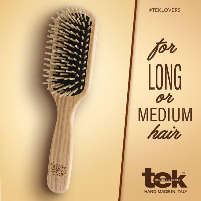 Cepillo rectangular con púas de madera ideal para pelo fino y largo o medio. www.tekitaly.es/tek-cepillos