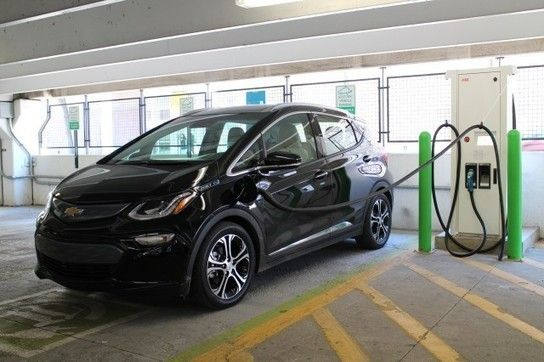 Fast-charging+a+2017+Chevrolet+Bolt+EV+electric+car