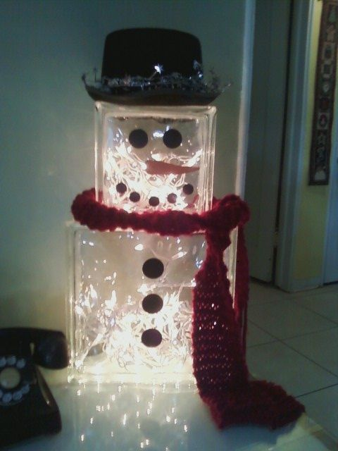 My own version of the snowman glass block light for Glass block crafts pictures