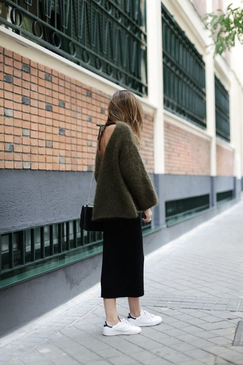 Chunky Knit, midi jersey skirt and sneakers    |     Styletorch.com