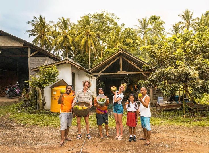 We spent two days with this local family in Gadungan helping at their organic farm learning them English and they showed us some incredible beautiful sights. We now have a second home which is located at this family. <3   Sunrise in the Munduk area was incredible  #bali #indonesia #holiday #vacation #backpack #backpacking #beautiful #island #palmtrees #local #family #travel #traveling #blog #saltinourhair