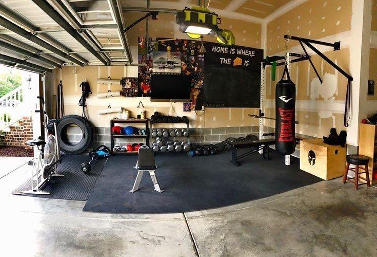Gymleatham S Amazing Garage Gym Seriously Whats Not To Like Versatil In 2020 Garage Gym Home Gym Gym