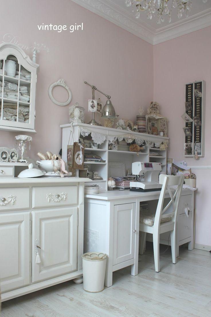 Vintage Girl: Nähstübchen. I dream of having a beautiful room to create in one day.. ♥ #loveknittingcom #amidsummerknitsdream