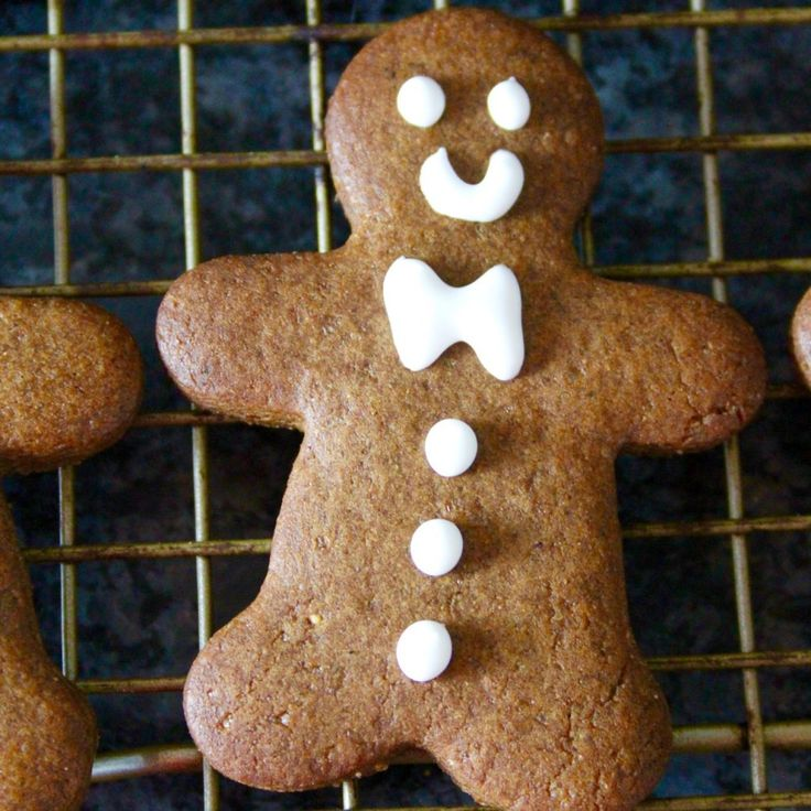 Mighty Mini Gingerbread Boys – Bourbon and Brown Sugar