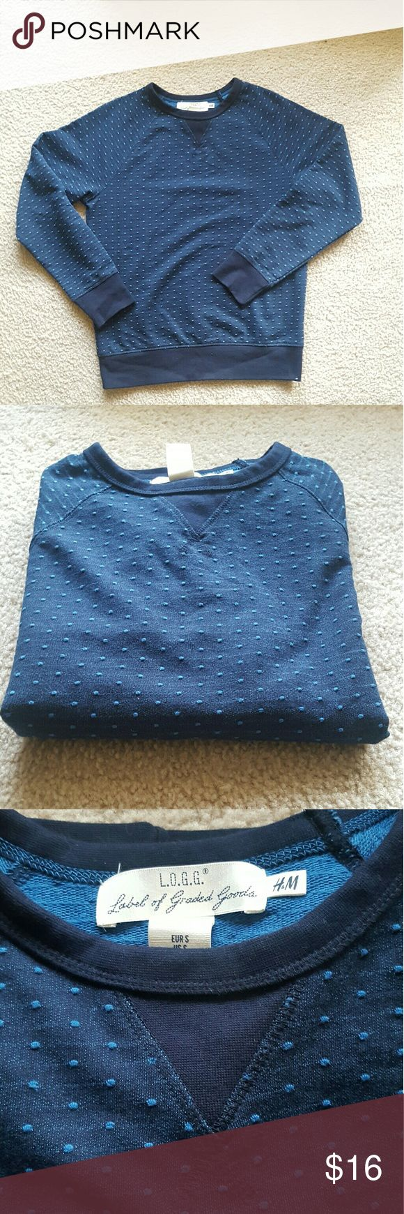 H&M Men's Sweater - S H&M Mens sweater size S.  Dark blue with lighter blue dots. Bought this 2 years ago but never worn so it's gotta go.  #Consider bundling to save on shipping***  #h&m #mens #sweater #LOGG H&M Sweaters Crewneck