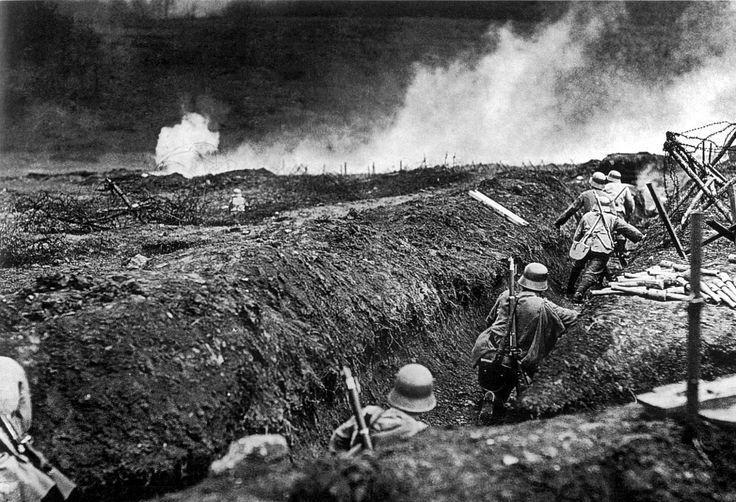 Picture of Trench Warfare 3/3- German stormtroops with a ...