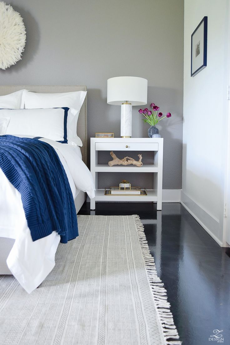 How do you choose the right side table and table lamp combination head to this post ive got six no fail combinations for you to try in your home and a