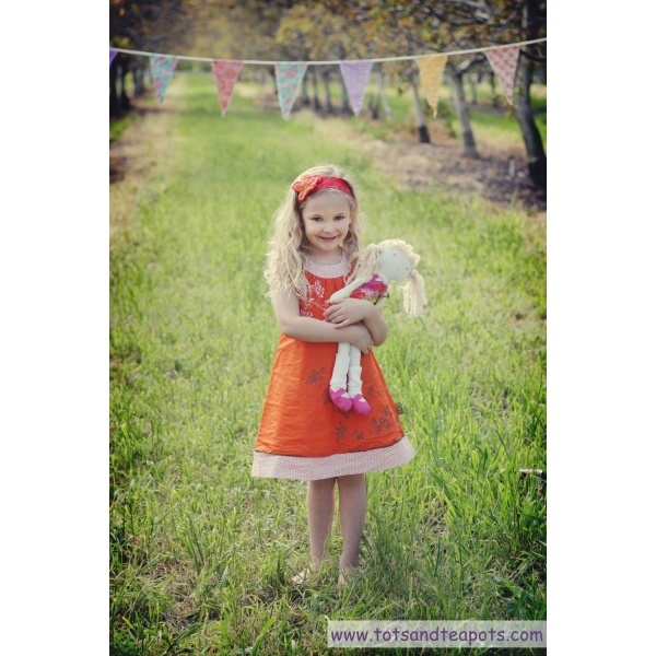 Sophie Catalou tangerine embroidered dress: Girls, Orchards, Dolls, Kids Photography, Kids Fashion, Embroidered Dresses, Kids Land, Floral Dresses