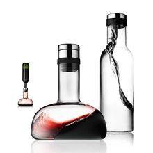 Vindekanter, karaffel og vannflaske, sett Lim. MENU