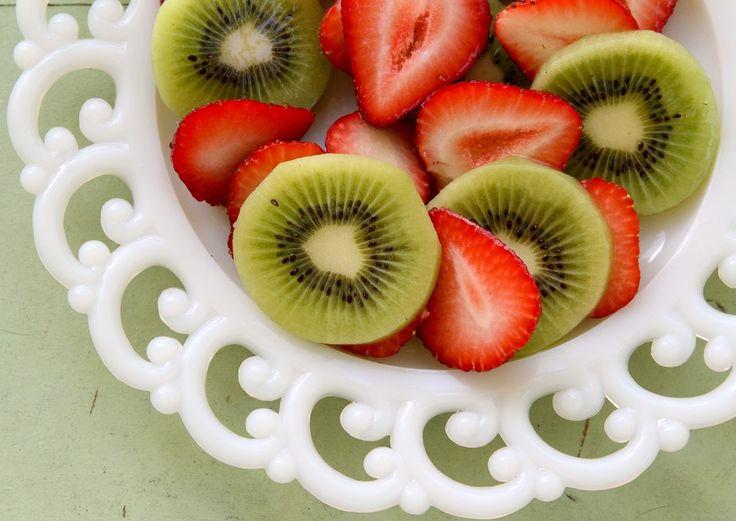 #fruit #kiwi #strawberry