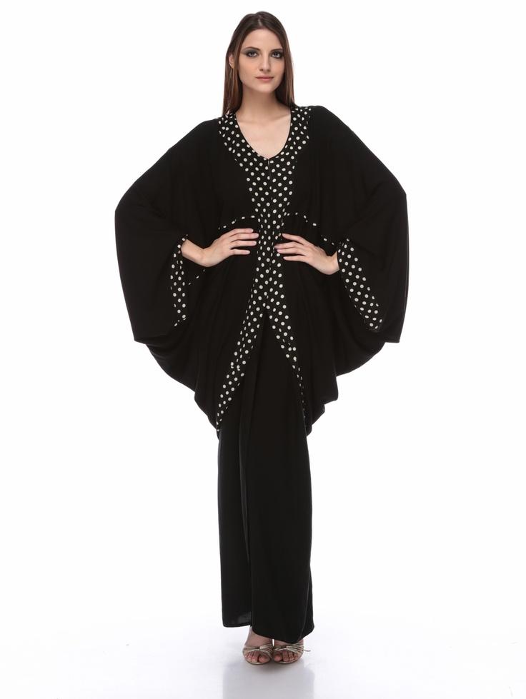 Polka Abaya....beautiful... :: want this!! XD
