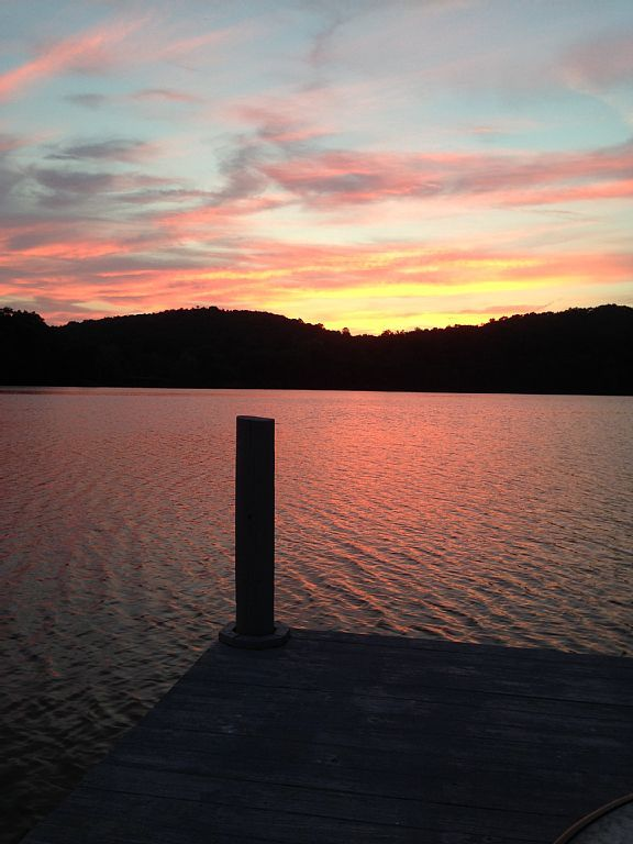 Lakefront Oasis on the Watts Bar - VRBO