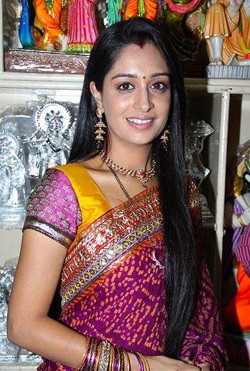 Actress Deepika Samson Gallery - Gethu Cinema